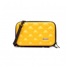 K1999L KONO MULTIFACETED DIAMOND TRAVEL CLUTCH GELB