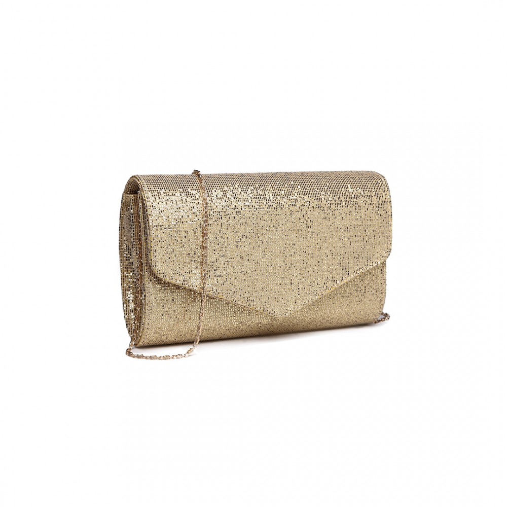 Covet the latest bags and clutches for a perfect finish to every outfit. Classic totes and structured day bags are great options for daytime. For evenings and events, make your statement with a metallic clutch, choosing embellishment or a bright shade to lift your look.