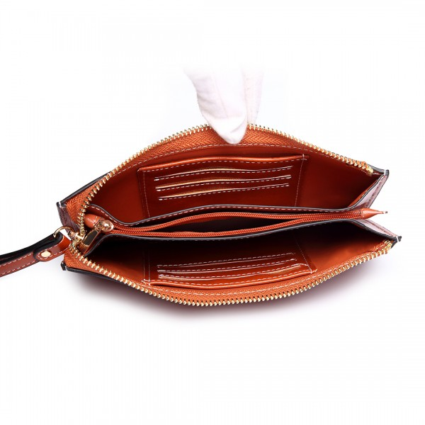 LP6881 - MISS LULU HIGH SHINE LEATHER LOOK ZIPPED LONG PURSE - BROWN